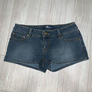 Tyte jean denim shorts size 3 juniors